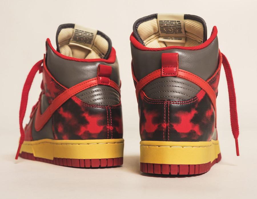 Nike Dunk Hi 85 rouge et grise vintage (2)