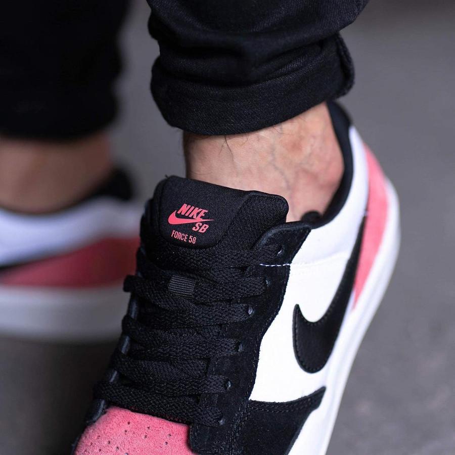 Nike SB Force 58 en toile blanche et en daim rose (4)