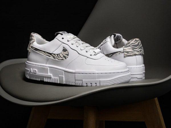 Nike Wmns Air Force 1 AF1 Pixel SE Zebra Summit White Particle Grey DH9632-100