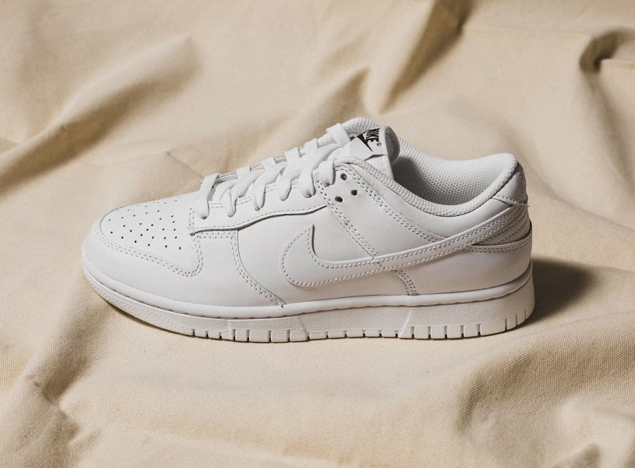 Women's Nike Dunk Low White (1)