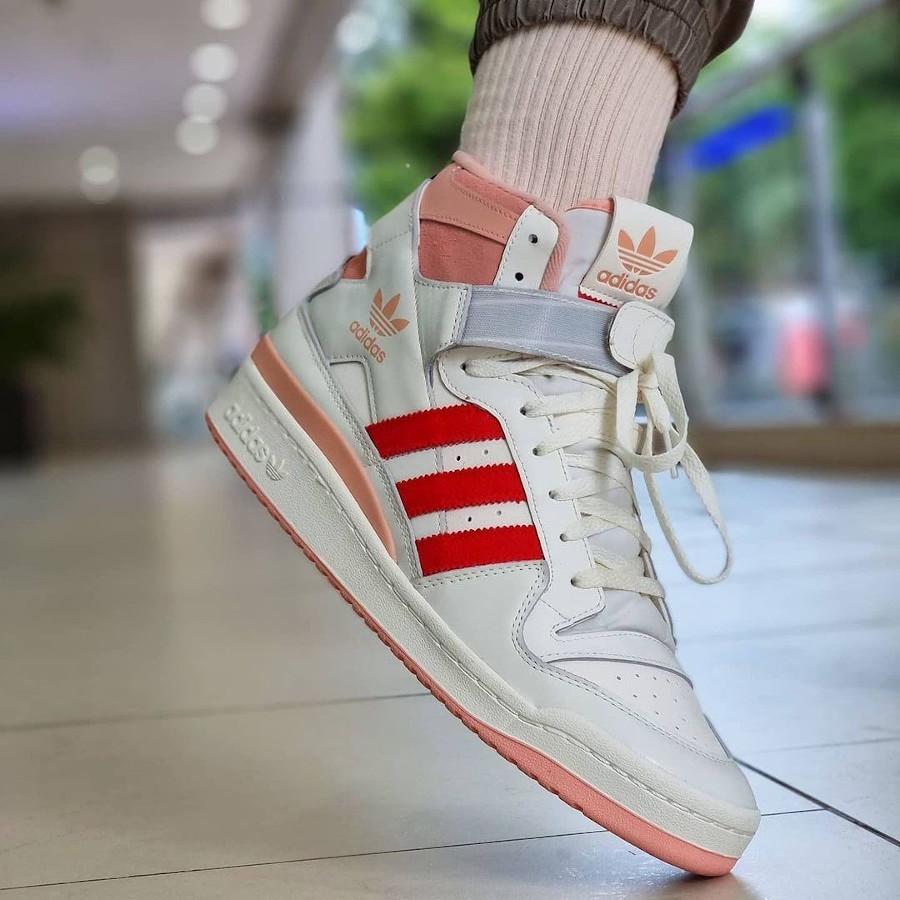 Adidas Forum High 84 Off White Glow Pink Vivid Red on feet