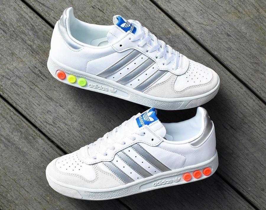 Adidas G.S blanche argent vert fluo et orange (3)