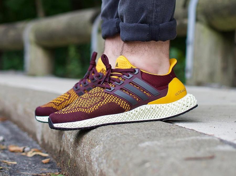 Adidas Ultra 4D bordeaux et jaune on feet (1)