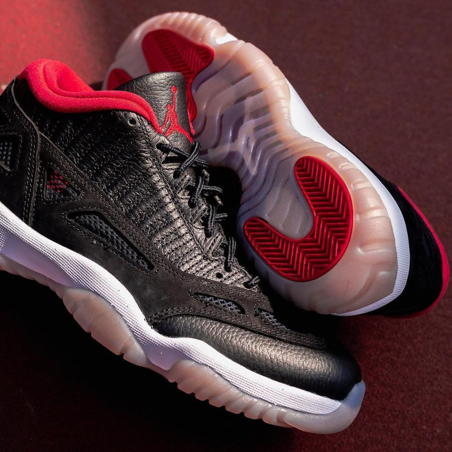 Air Jordan 11 Low IE rouge et noire (2)