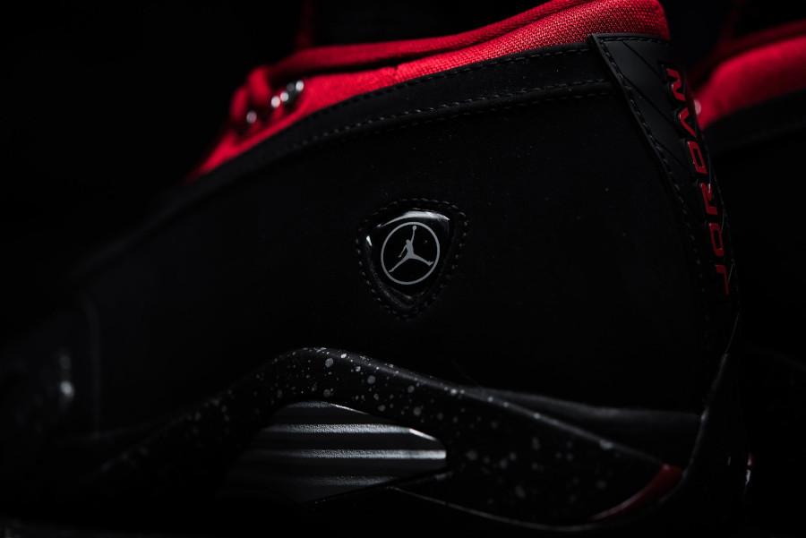 Air Jordan 14 2021 rouge et en daim noir (2)