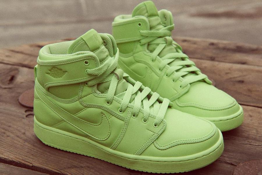 Air Jordan One KO blōhsh vert fluo (1)