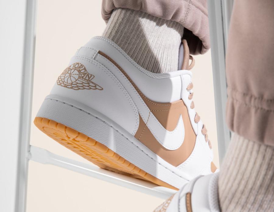 Air Jordan One Lo blanche et beige (1)
