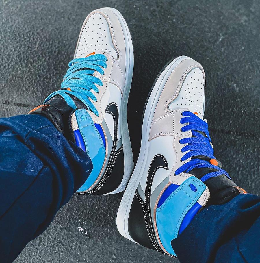 Air Jordan One montante multicolore on feet (1)