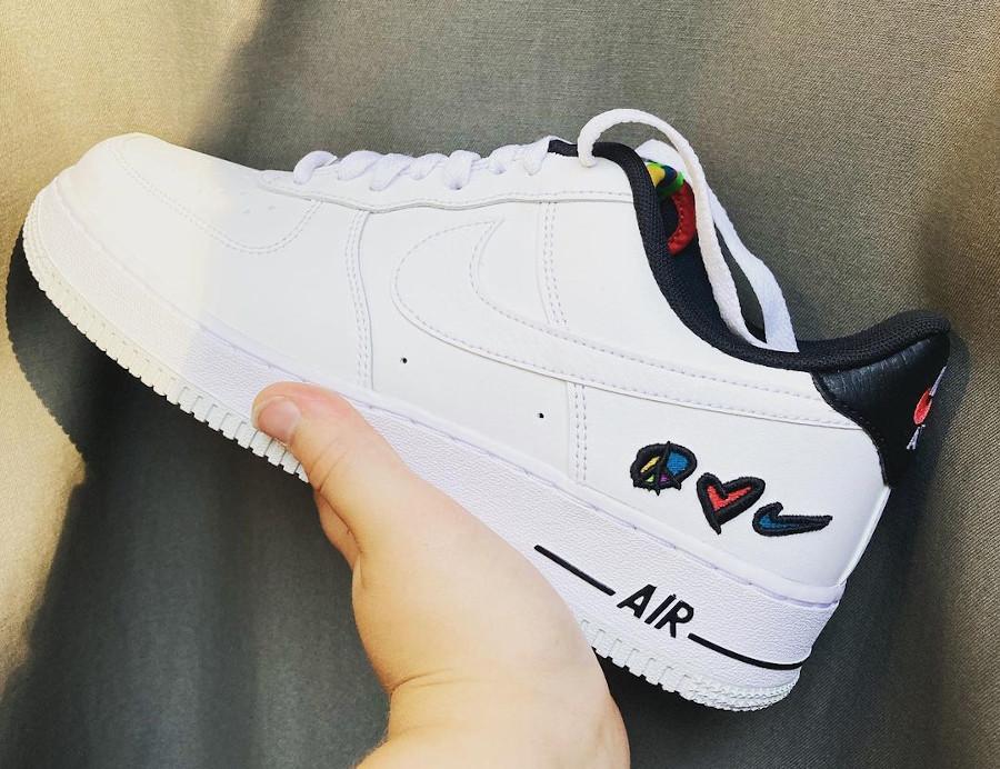 Nike AF1 '07 LV8 Peace Love Swoosh Basketball DM8148-100