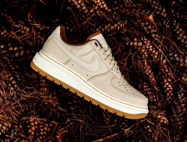 Nike Air Force 1 Luxe Pearl White Pale Ivory Pecan'