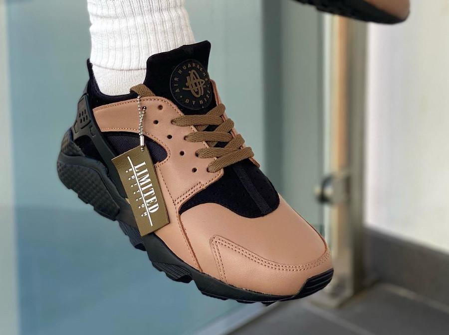 Nike-Air-Huarache-Leather-marron-3-on-feet (3)