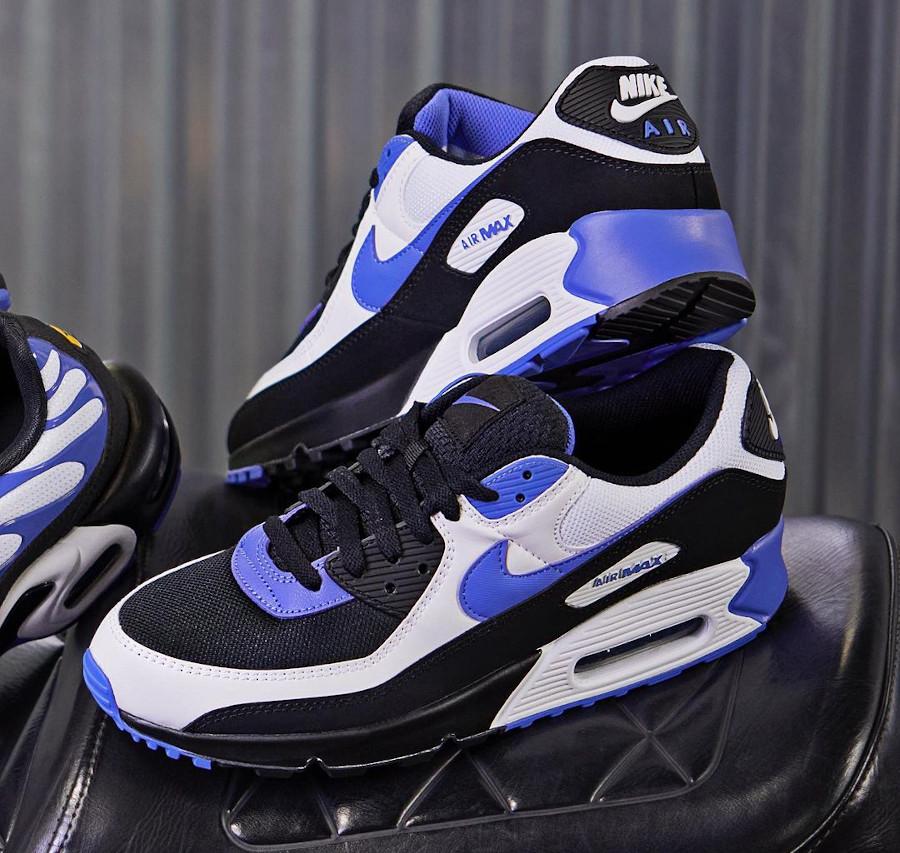 Nike Air Max 3 noire blanche et pourpre (1)