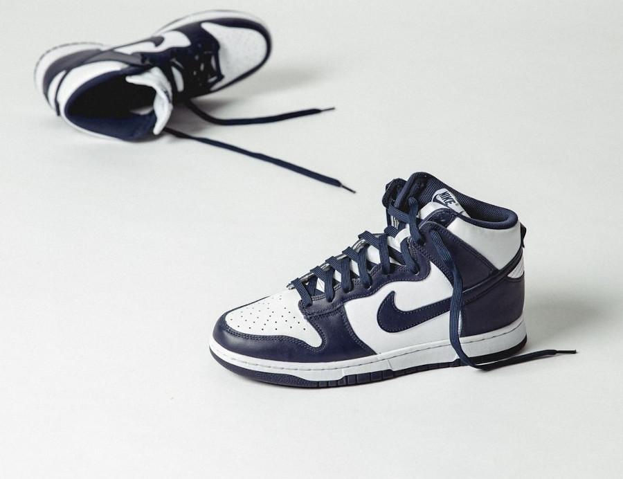 Nike Dunk Hi blanche et bleu foncé (1)