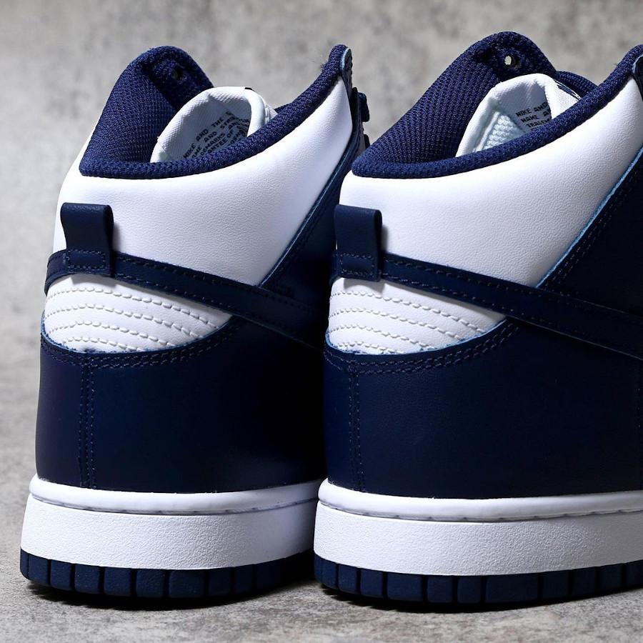 Nike Dunk Hi blanche et bleu foncé (4)