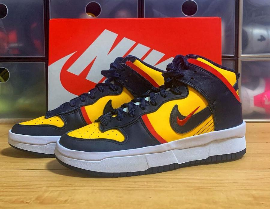 Nike Dunk High Rebel grosse semelle bleu marine et jaune (2)