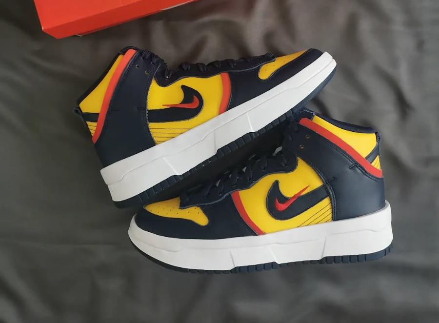Nike Dunk High Rebel grosse semelle bleu marine et jaune (3)