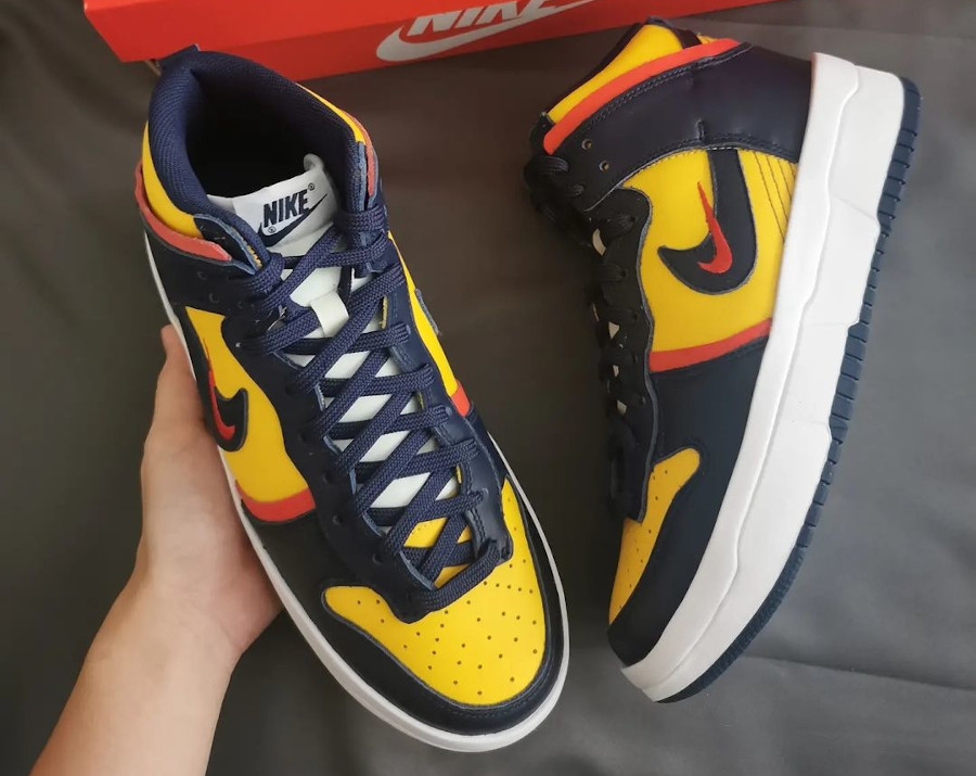 Nike Dunk High Rebel grosse semelle bleu marine et jaune (5)