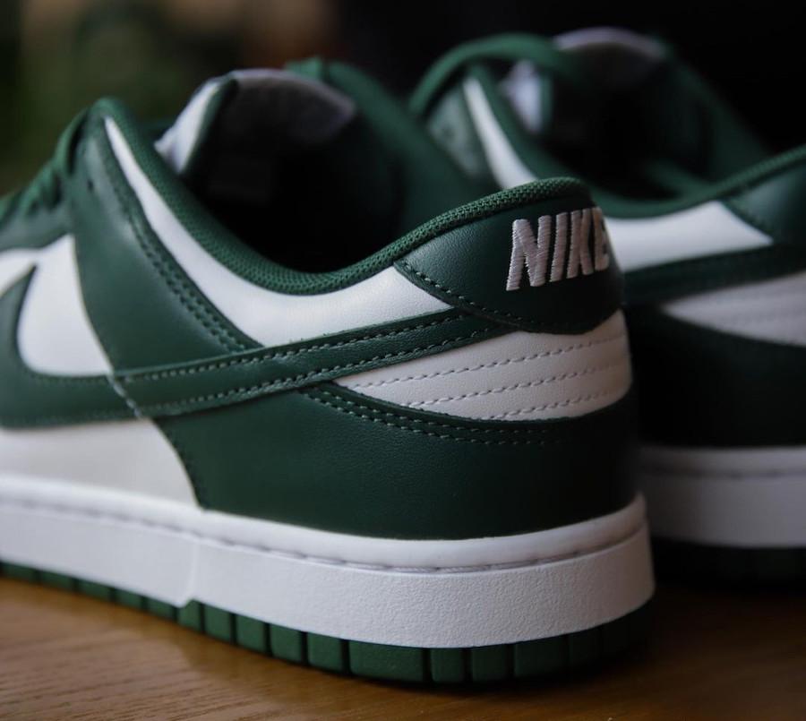 Nike Dunk Low OG blanche et verte (6)