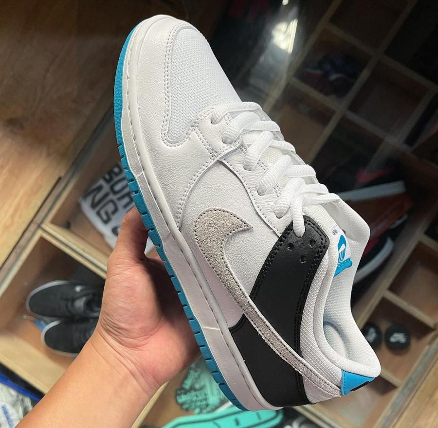 Nike Dunk Low Pro SB bleue blanche et noire (4)
