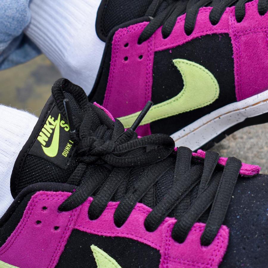 Nike Dunk Low Pro SB en suède violet noir et vert néon (4)