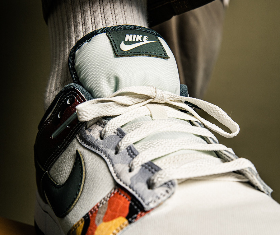 Nike Dunk Low Special Edition blanche militaire 2021 on feet (1)