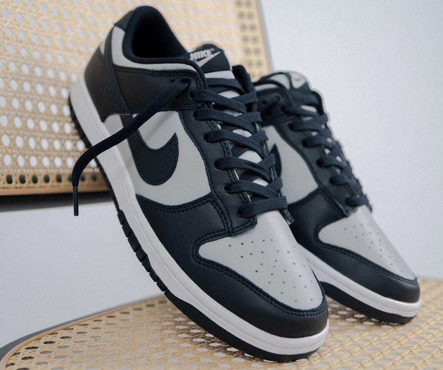 Nike Dunk Low grise et bleu marine (1)