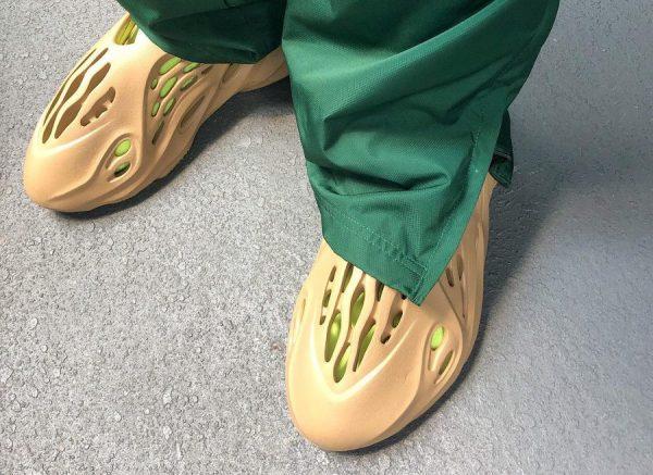 crocs Adidas Yeezy YZY Foam Runner Ochre