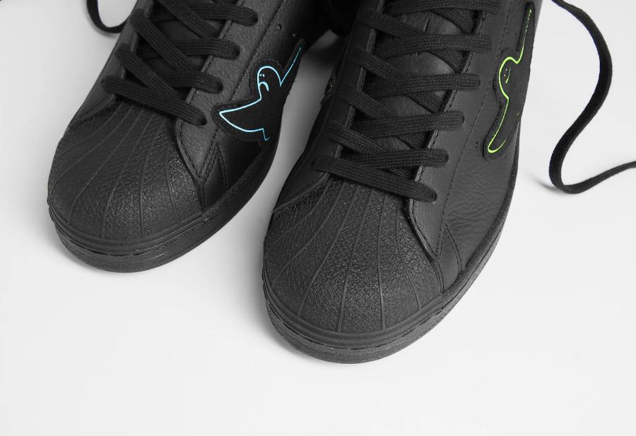 Adidas Superstar ADV X Gonz noire 2021 (4)