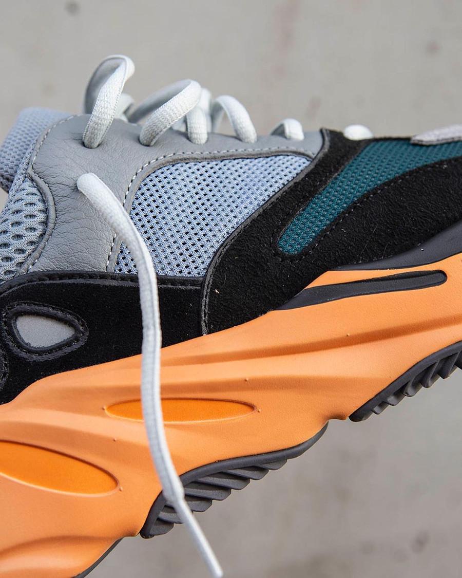 Adidas Yezy grise noire verte et orange (2)