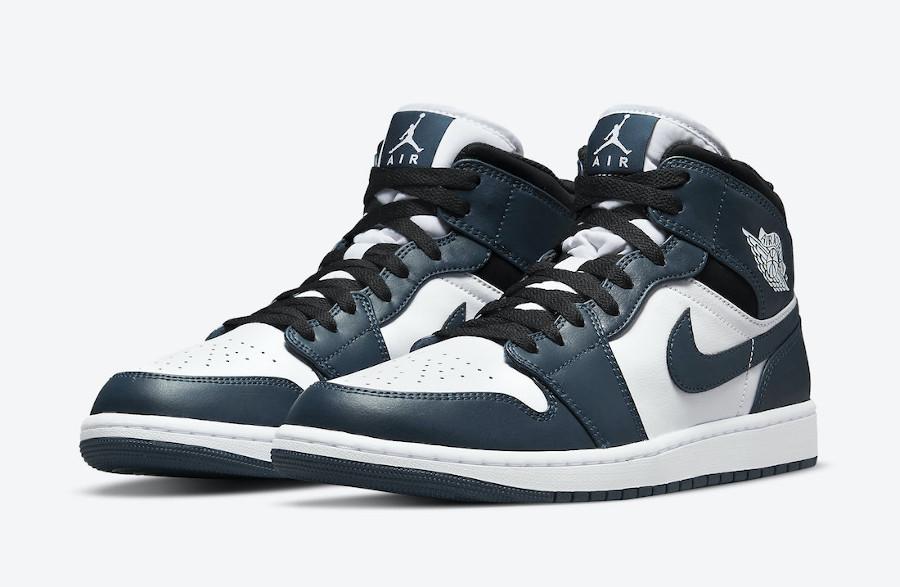 Air Jordan One Mid blanche et turquoise foncé (1)