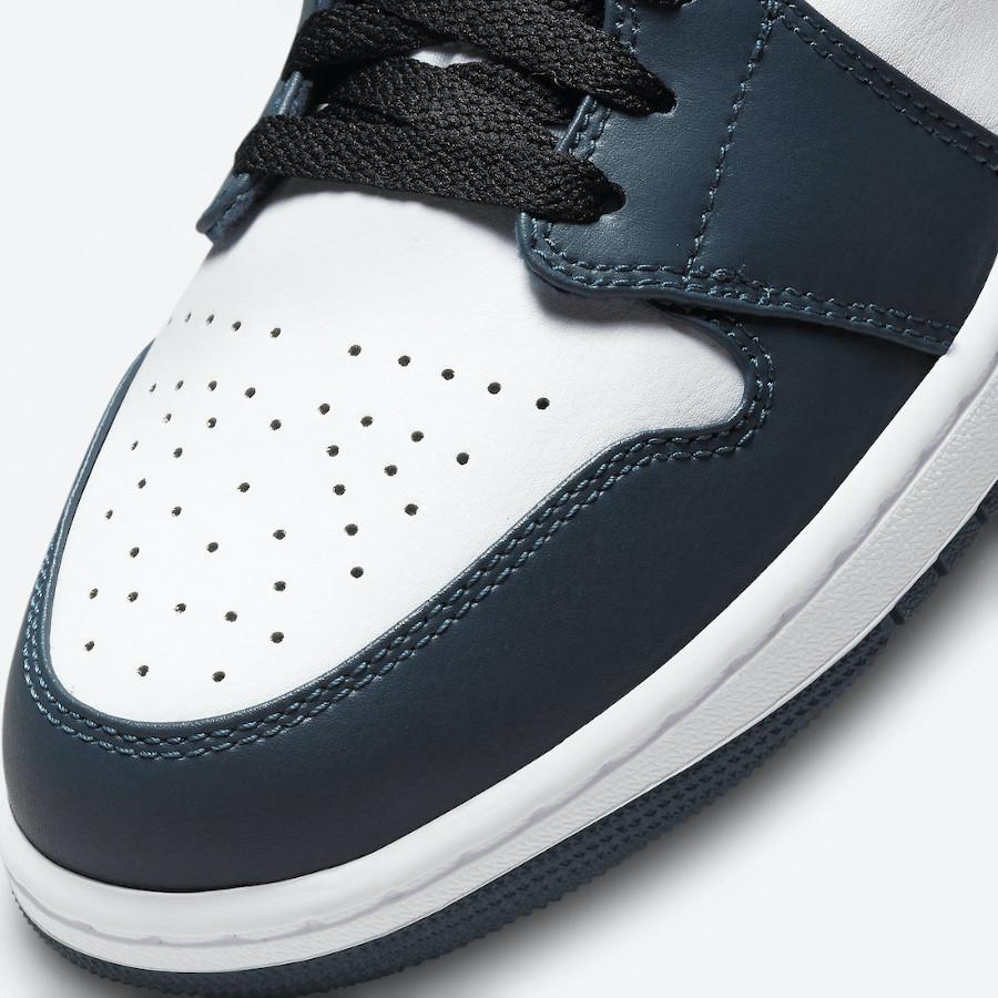 Air Jordan One Mid blanche et turquoise foncé (3)