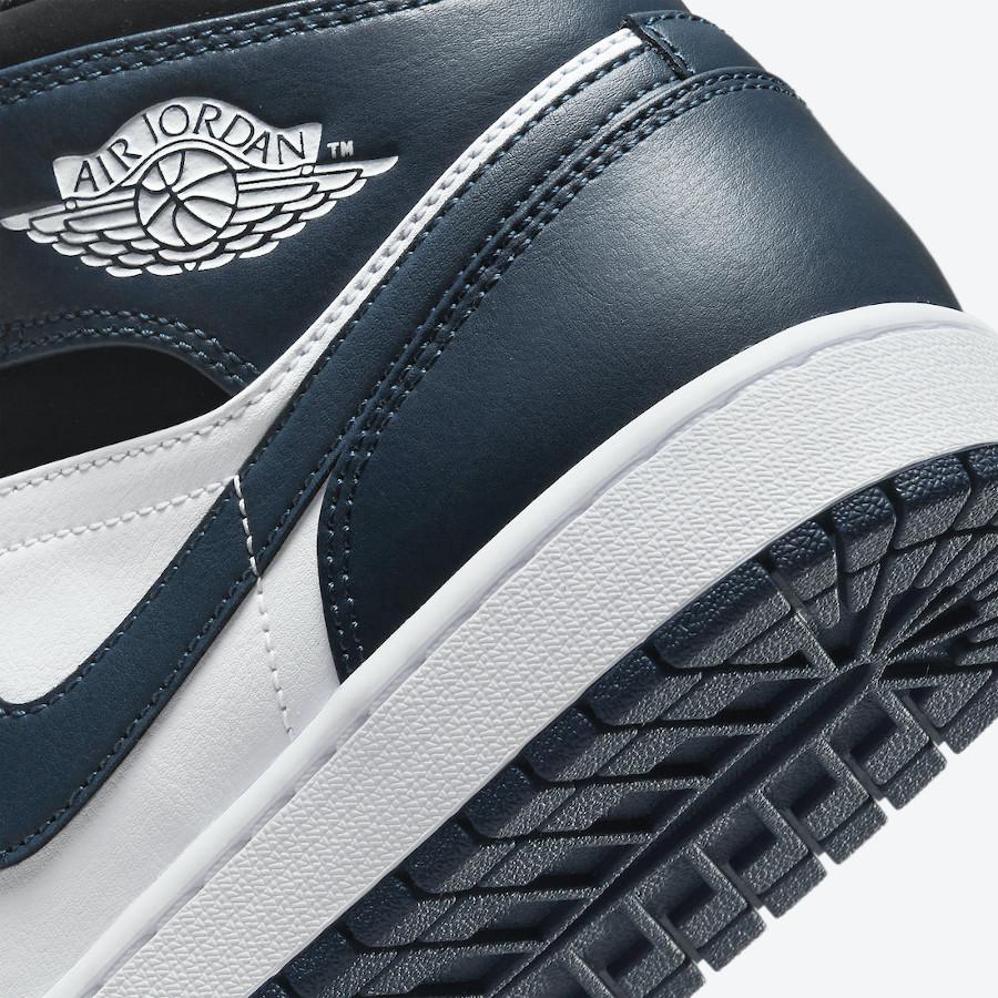 Air Jordan One Mid blanche et turquoise foncé (4)