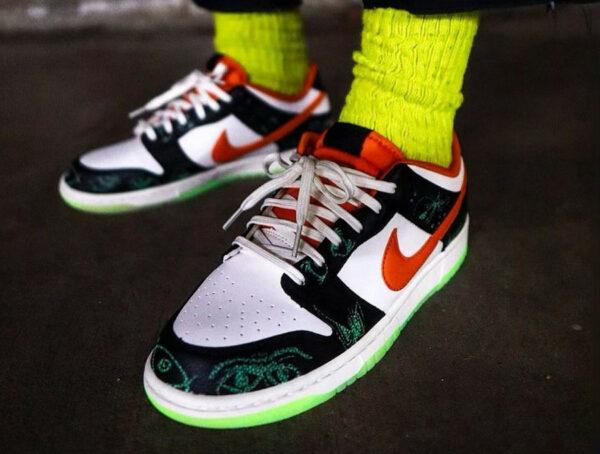 Nike Dunk Low Retro PRM Halloween 2021 Starfish on feet