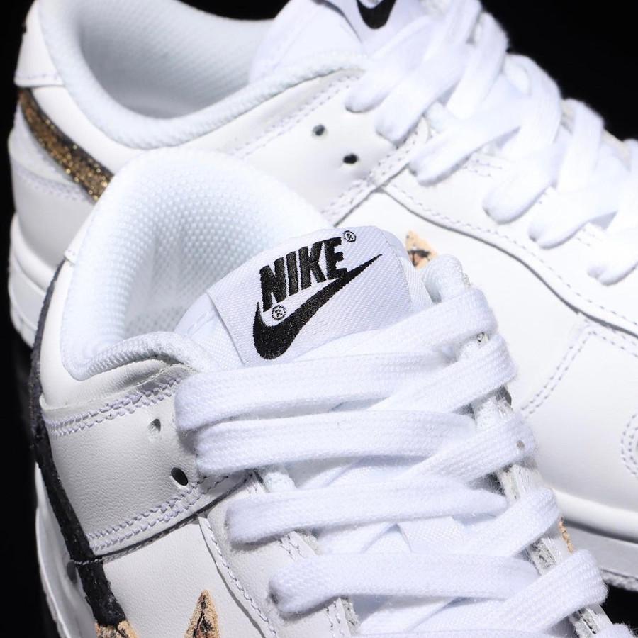 Nike Dunk Low blanche pour fille imprimé léopard serpent et cuir craquelé (2)