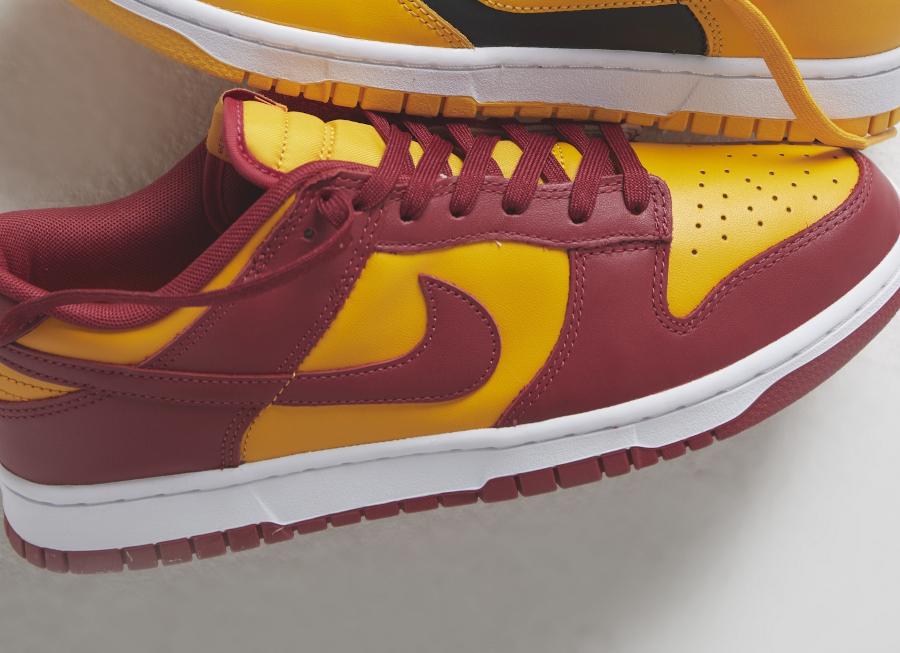 Nike-Dunk-Low-jaune-et-bordeaux-1