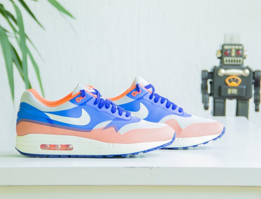 Nike Wmns Air Max 1 Hyperfuse Hyper Blue Total Crimson @slick.sneakers
